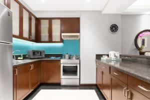 A kitchen or kitchenette at Ascott Makati