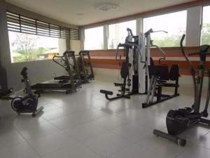The fitness centre and/or fitness facilities at Marina Flat & Náutica