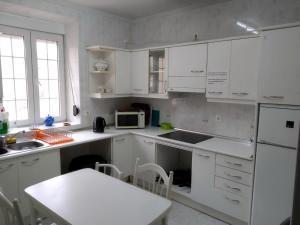 A kitchen or kitchenette at Albergue Luz de Frómista