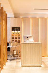 A kitchen or kitchenette at The Prince Akatoki London