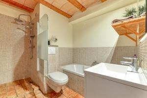 A bathroom at Gite Soyez