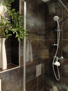 A bathroom at Jolie chambre à louer - Vue Imprenable