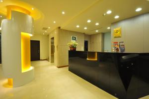 The lobby or reception area at Fupin Hotel
