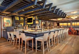 A restaurant or other place to eat at Cape Rey Carlsbad Beach, A Hilton Resort & Spa
