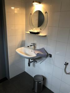 A bathroom at Pension Brinkvis