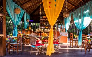 A restaurant or other place to eat at Pousada Palmeira Imperial
