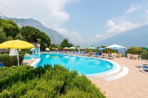 Der Swimmingpool an oder in der Nähe von Campeggio Garda