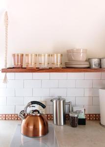 A kitchen or kitchenette at Hotel Luna Mystica