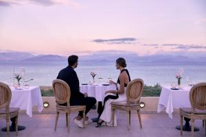 Restaurant ou autre lieu de restauration dans l'établissement MarBella Nido Suite Hotel & Villas- Adults Only