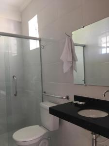 A bathroom at Recanto do Teimoso
