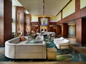 A seating area at Battery Wharf Hotel, Boston Waterfront
