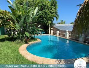The swimming pool at or near Vistas de San Blas