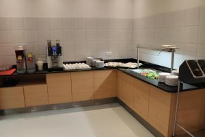 Küche/Küchenzeile in der Unterkunft Eduard-Heinrich-Haus, Hostel