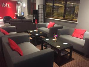 A seating area at ibis Bradford Shipley