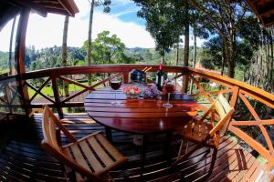 Uma varanda ou terraço em Pousada Vida Verde