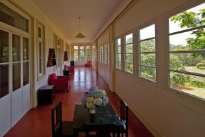 A restaurant or other place to eat at Quinta das Colmeias