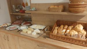 Frühstücksoptionen für Gäste der Unterkunft Gasthof Anny