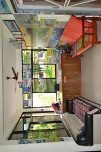 The lobby or reception area at Hotel Global Inn