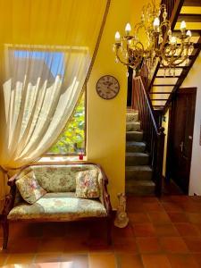 A seating area at Hotel Rural Vilaflor