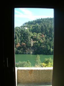 Uma vista geral da montanha ou uma vista da montanha a partir da casa de férias