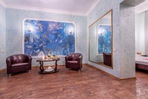 Гостиная зона в Алекс Отель на Васильевском Острове