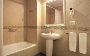 A bathroom at Sierra Nevada