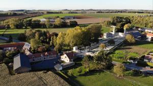 Vue panoramique sur l'établissement Haucourt du Temps