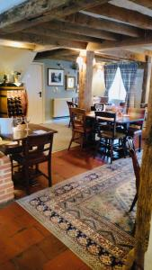 A restaurant or other place to eat at The New Inn