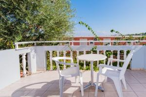 A balcony or terrace at Callinica Hotel