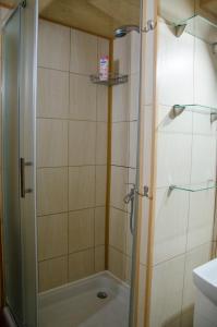 A bathroom at Mini-hotel Oasis