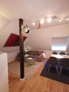 Ein Sitzbereich in der Unterkunft Appartement Seeblick