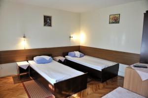 A bed or beds in a room at B&B Babić Novska