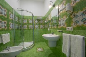 A bathroom at Open Gate