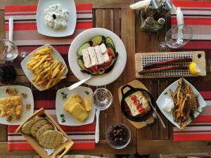 Breakfast options available to guests at The Mathraki Studios (Adult Only)