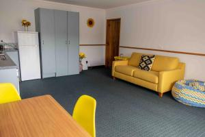A seating area at Aston Norwood Chalets