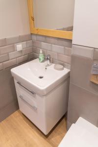 A bathroom at Na Fali
