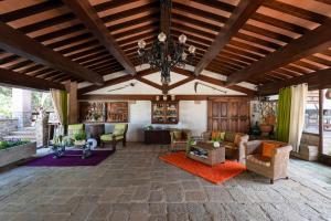 The lobby or reception area at Agriturismo La Rombaia