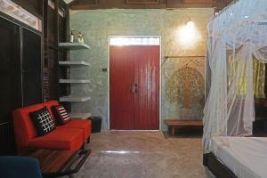 Ein Sitzbereich in der Unterkunft Baan Klong Kleng Koh Phayam
