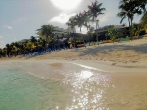 Playa de o cerca de este apartahotel