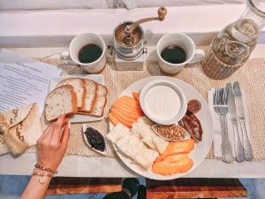 Opções de café da manhã disponíveis para hóspedes em Icaco Island Village - Adults Only