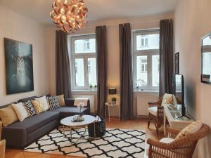 Posezení v ubytování Stylish Design Apartment near City Centre