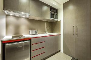 A kitchen or kitchenette at Quest Abbotsford