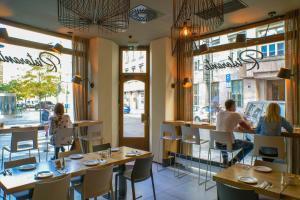 Ресторан / где поесть в Hotel Golden Crown