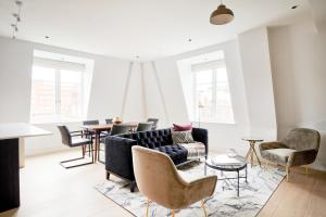 A seating area at Sonder at The Arts Council, Westminster