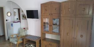A television and/or entertainment center at Korona Panzio