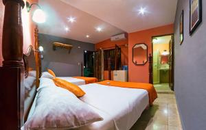 A bed or beds in a room at Casa Gran Cana
