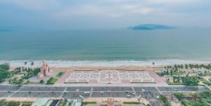 A bird's-eye view of Star Beach Panorama