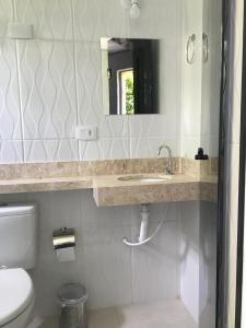 A bathroom at Hotel Imperial Inn