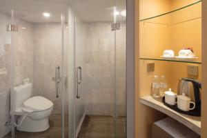 حمام في فندق مدينة شنغهاي