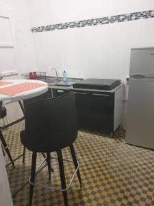 A cozinha ou cozinha compacta de MY Downtown Cozy Room